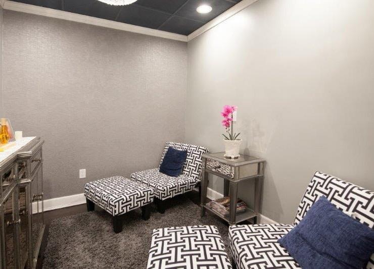 spa room at Hair Salon Body & Soul